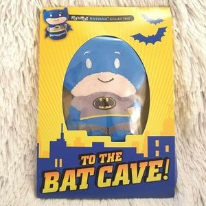 HALLMARK ITTY BITTYS Batman Birthday Card A266